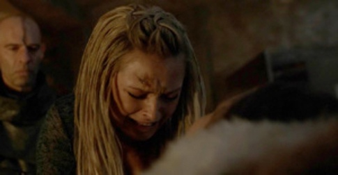 All the feels for the dead lesbian on The 100